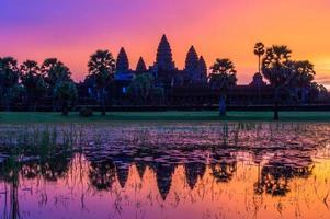angkor wat voor sunrice, cambodja. foto