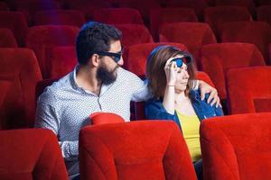 de emoties van de mensen in de bioscoop foto