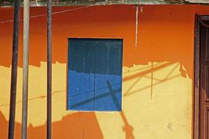 oud traditioneel huis, goa, india foto