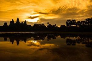 zonsopgang bij angkor wat foto