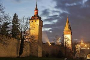 stadsmuur torens in luzern