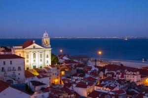 weergave van alfama, lissabon, portugal foto