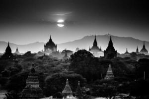 monsters van bagan, birma, myanmar, azië. foto