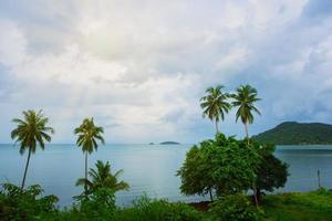 natuurlijk uitzicht op zee, thailand foto