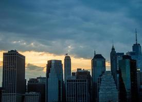 gebouwen van de skyline van de stad foto