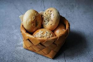 mand met bagels