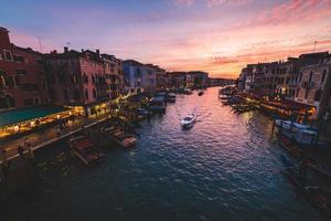 Grand Canal in Venetië bij zonsondergang foto