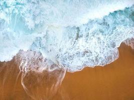luchtfoto van strand