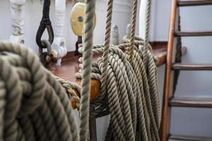 close up van zeilen touw foto