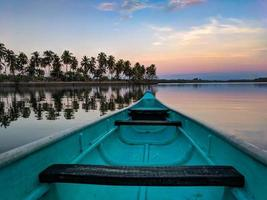 kanoën op het water foto