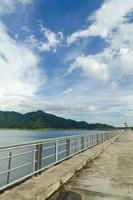 bovenste reservoir van hydro-elektriciteit met pompopslag foto