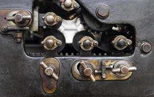fragment van de oude machine in drukkerij foto