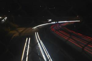 lichte trail snelweg foto