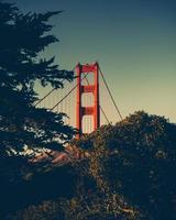 golden gate bridge tijdens zonsondergang foto