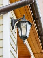 lantaarn aan de muur foto