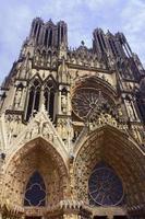gevel van de kathedraal foto