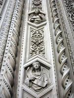 florence duomo santa maria del fiore kathedraal, gevel detail foto