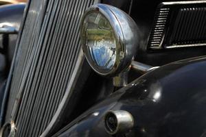 zwarte vintage auto foto