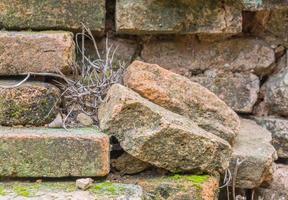 oude bakstenen muur achtergrondstructuur foto