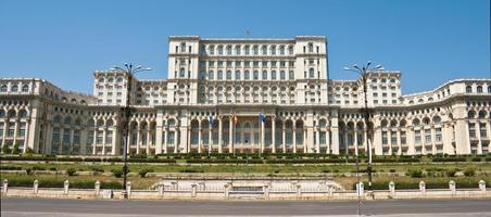 paleis van het parlement, boekarest, roemenië foto