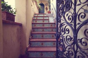 deuropening naar het huis foto