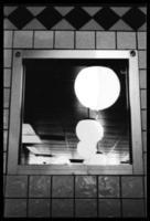 gloeilampen in spiegel (abstract) foto