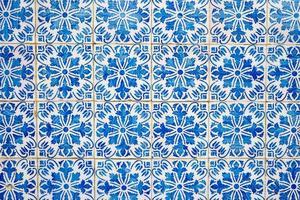traditionele portugese geglazuurde tegels foto
