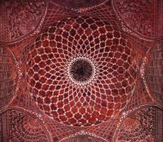 detail van het versieren van de taj mahal foto