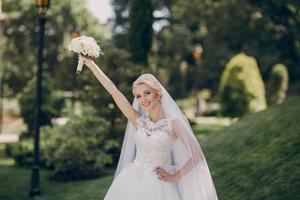 bruiloft zonneschijn foto