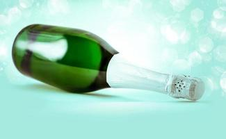 fles mousserende champagne foto