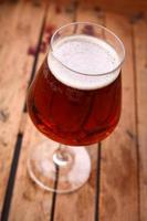 amber bier in een krat foto
