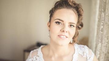 bruid voor bruiloft. bruid op haar trouwdag, voorbereiding