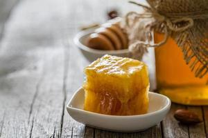 honing en lepel foto