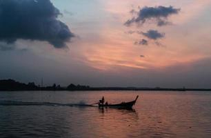 oceaan zonsopgang foto