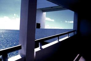 Caribisch balkon laat op de dag foto
