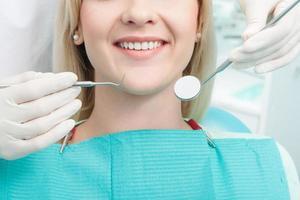 tandartswerk is niet zo eenvoudig foto