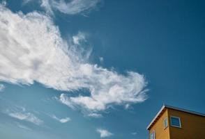 zonneschijn en wolken
