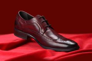 rode schoen