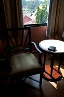 tafel met stoelbinnenland foto