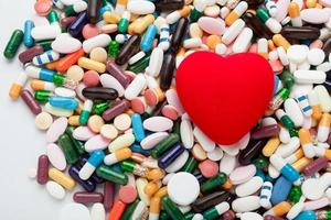 rood hart op pillen foto