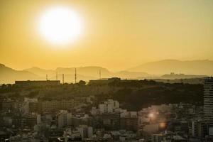 zonsopgang in de stad foto
