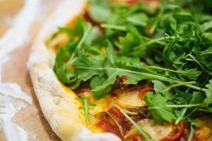 zelfgemaakte pizza foto