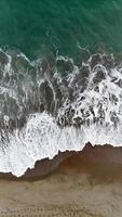 luchtfoto van een strand foto