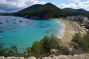 strand op ibiza foto
