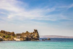 rotsachtige kust in malta
