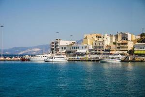 dok op Cyprus op zonnige dag foto