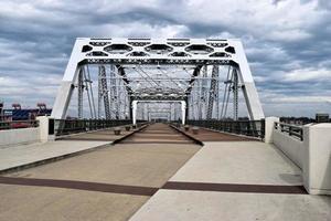 Shelby voetgangersbrug in Nashville foto