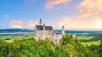 wereldberoemd kasteel neuschwanstein, duitsland foto
