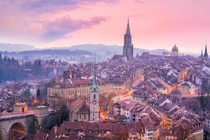 oude stad van bern, hoofdstad van zwitserland in europa foto