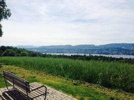 schilderachtig landschap in zwitserland foto